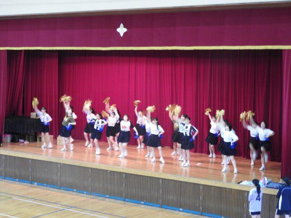 高2・開会式でチアダンス